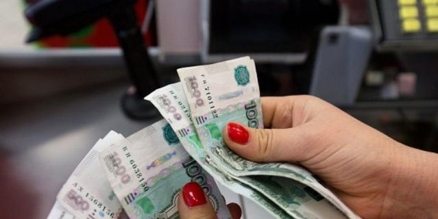 В России 7 млн человек могут стать невыездными из-за долгов