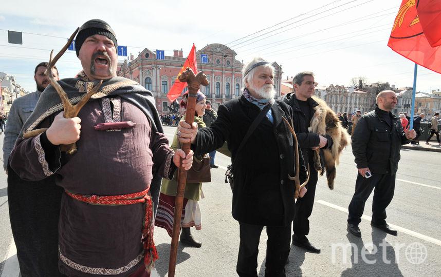 Стартовала первомайская демонстарция стартовала в 11 часов утра. Фото Святослав Акимов