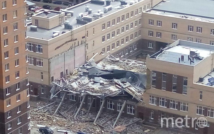 ВМурино при обрушении крыши строящейся школы умер мужчина