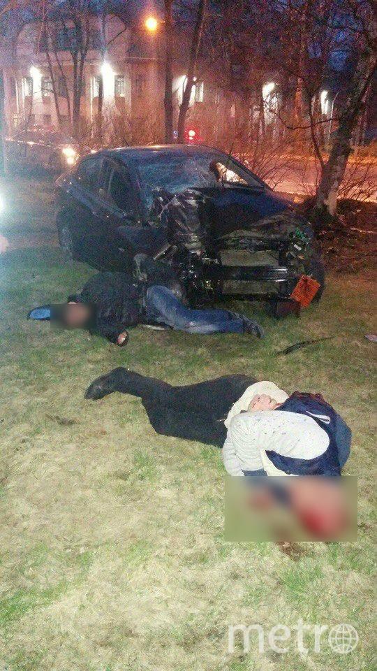 Очевидцы: Полицейская погоня закончилась жутким ДТП в Петербурге. Фото «ДТП и ЧП | Санкт-Петербург», vk.com
