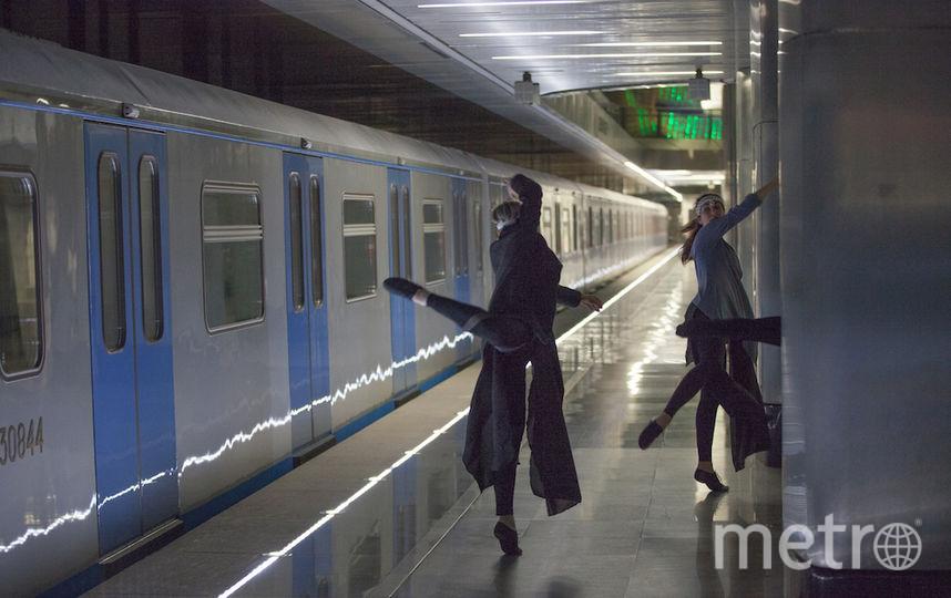 """Для безопасности на одном из путей оставили поезд. Фото Илья Ордовский-Танаевский, """"Metro"""""""