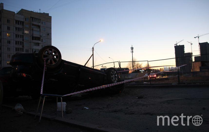 Автомобиль перевернулся накрышу наБольшом Сампсониевском— Петербург