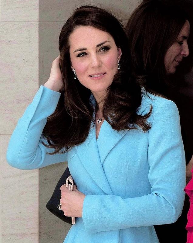 Королевская семья - фотоархив. Фото Все- скриншот Instagram