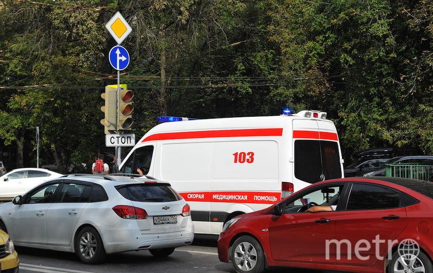 """Грузовик сбил женщину с двумя детьми на востоке Москвы. Фото Василий Кузьмичёнок, """"Metro"""""""