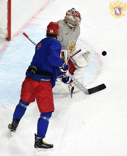 Тренировка сборной России по хоккею перед матчем со сборной Латвии. 15 мая 2017 года. Фото fhr.ru