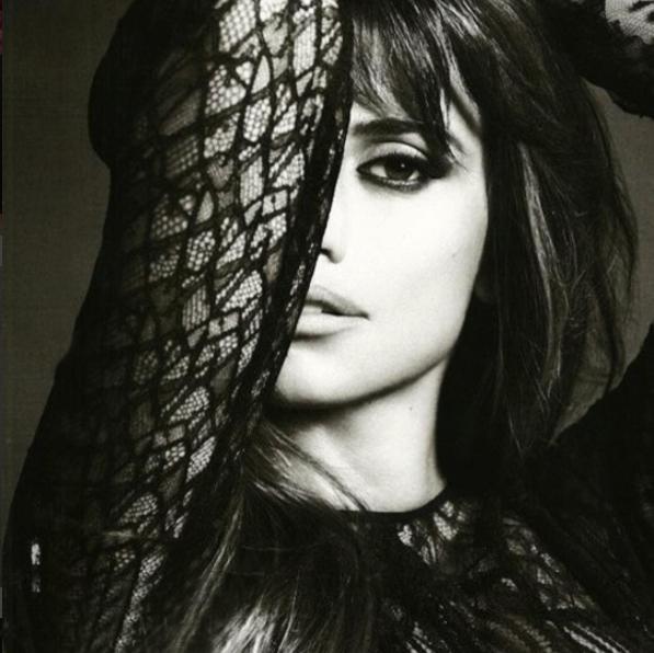 instagram.com/penelopecruzoficial/.