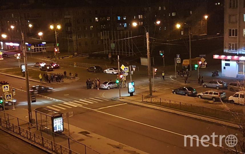 ДТП на перекрёстке Ланского и Омской улицы - фотоархив. Фото vk.com/spb_today.