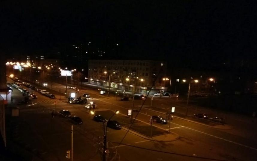 ДТП на перекрёстке Ланского и Омской улицы. Фото vk.com/spb_today.