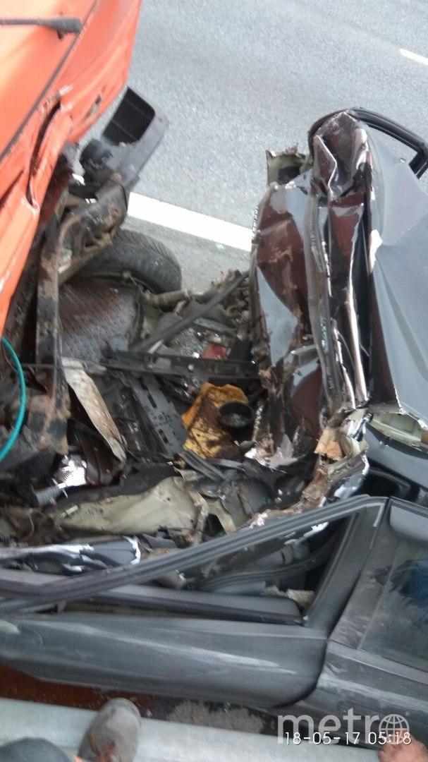 Очевидцы: В жутком ДТП на КАД пострадал водитель. Фото «ДТП и ЧП | Санкт-Петербург», vk.com