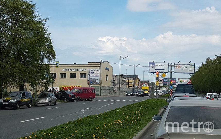 ВМосковском районе Петербурга «Газель» влетела в Рэно
