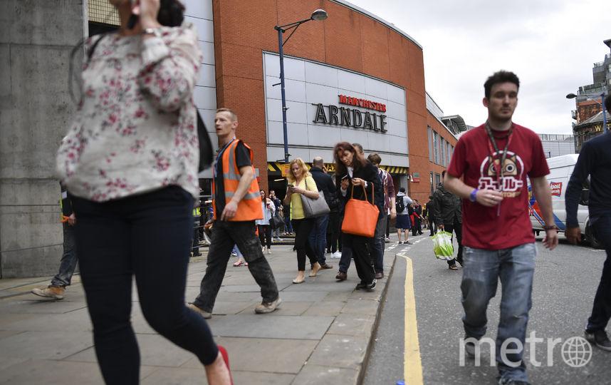 Торговый центр Arndale в Манчестере возобновил работу после эвакуации. Фото AFP
