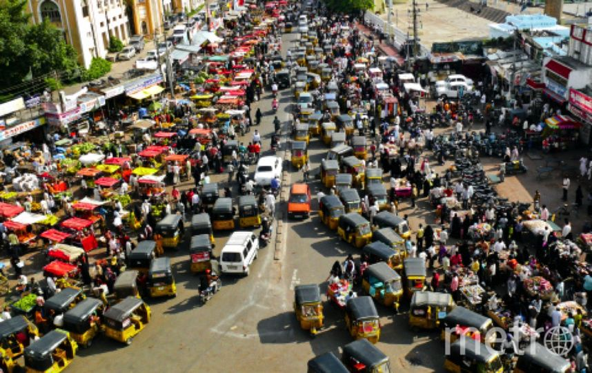 essay on traffic congestion on delhi roads New delhi loses a maximum of rs 63k crore as social cost of congestion travel during peak hour takes an average of 162% more time in city.