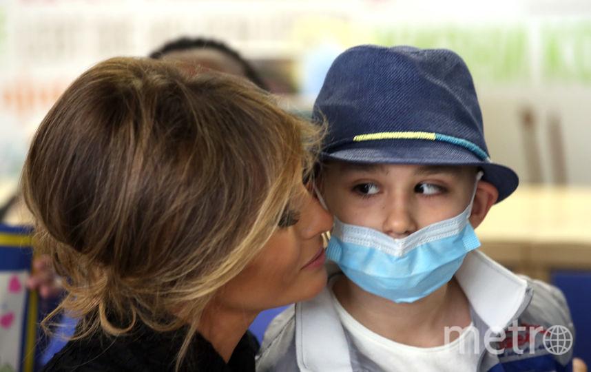 По стопам Дианы: Меланья Трамп посетила детскую больницу в Ватикане. Фото Getty