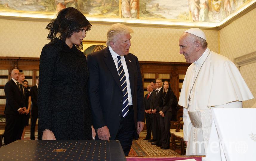 Папа Римский Франциск встретился с четой Трампов. Фото AFP