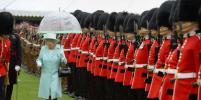 У Букингемского дворца отменили церемонию смены почетного караула