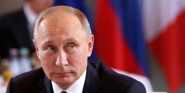 Путин приложился к мощам Николая Чудотворца