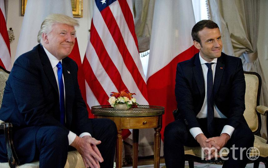 Дональд Трамп встретился с Эммануэлем Макроном в посольстве США в Брюсселе. Фото AFP