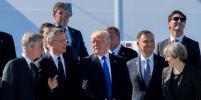 Трамп оттолкнул министра Черногории на саммите НАТО: Видео