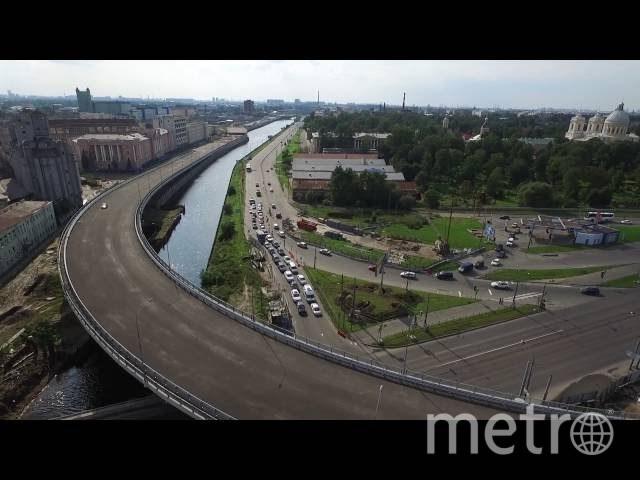 По новому виадуку на Обводном канале пустили движение 26 мая. Фото vk.com