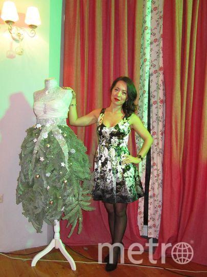 Это моё счастливое платье! Фото сделано на новогоднем вечере, после которого у меня началась новая жизнь и теперь я очень счастлива! Забыла представиться) Меня зовут Амина.