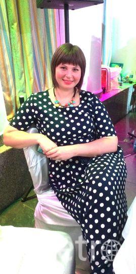Счастье - это состояние души. Платье - объединяет единое целое, одежда и состояние души. Поэтому мое счастливое платье - демонстрация моего настроения и души. Желаю всем красивого и счастливого настроения. Фото Васильева Елена, Санкт-Петербург, 31 год