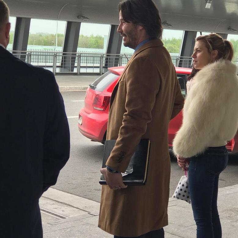 """Киану Ривз снялся в очередном эпизоде фильма """"Сибирь"""" в Пулково."""