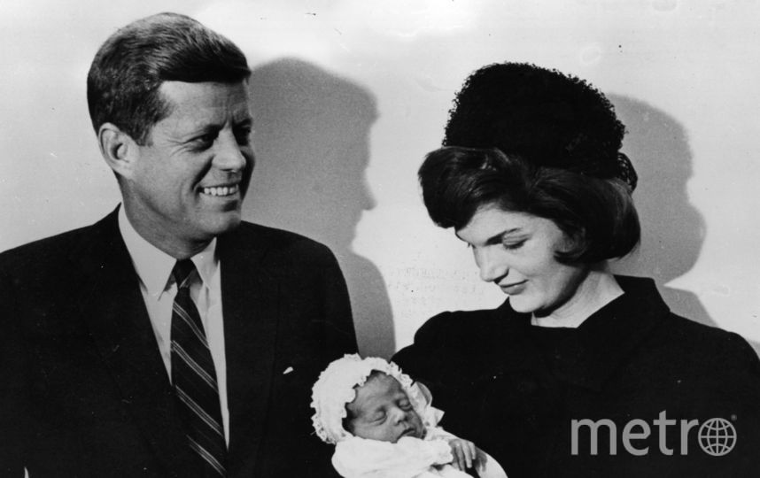 Джон Кеннеди, Жаклин и их сын Джон. Фото Getty