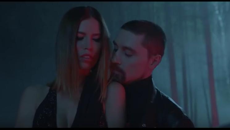 Дима Билан снял эротичный клип с жёнами олигархов.
