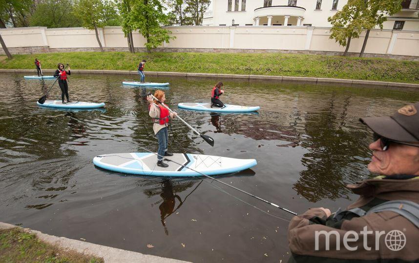В Петербурге учат  SUP-сёрфингу.