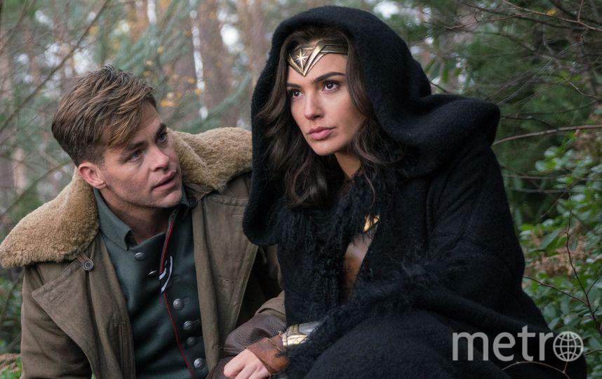 """Галь Гадот и Крис Пайн в фильме """"Чудо-женщина"""". Фото Wonder Woman movie"""