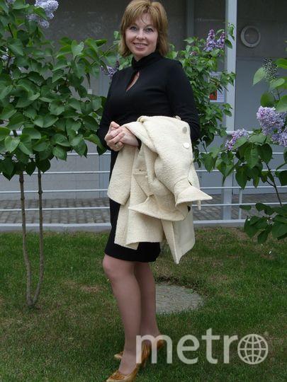 Я считаю, что у каждой женщины должно быть свое маленькое черное и непременно счастливое платье! Всем читателям желаю удачи в личной жизни! А голубое платье я получила в свой день рождения и теперь оно мое самое любимое и счастливое! Hадев его, люблю в приподнятом настроении прогуляться по улочкам Москвы. Фото Светлана