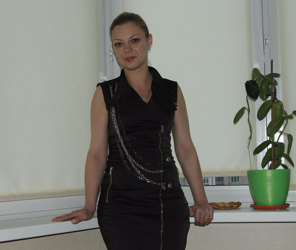 Здравствуйте! Меня зовут Анастасия! Я читательница вашей газеты! В этом платье я ехала на автобусе и встретила своего будущего мужа! Фото Анастасия.