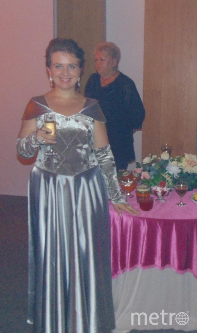 Это платье - мой талисман! Я выходила в нем замуж в 2007 году, и счастлива в браке. А затем одевала его на праздники, презентации. И всегда мероприятия проходили удачно! Фото Татьяна