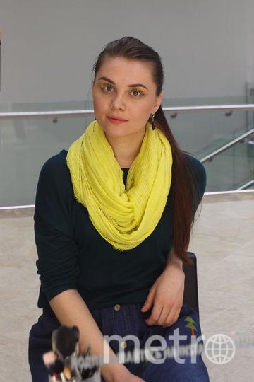 Жёлтые ресницы к шарфику подошли, но это единственное, что мне понравилось. Фото Василий Кузьмичёнок
