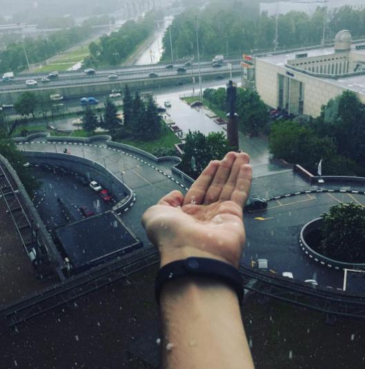Град в Москве. Фото Instagram/voznyukrusl