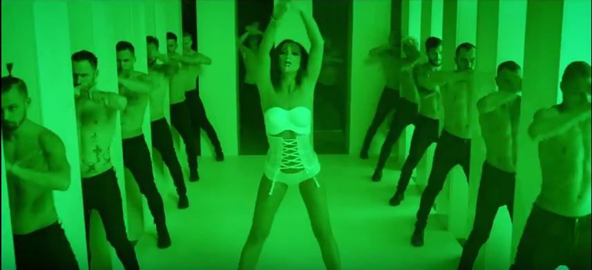 Новый клип Ольги Бузовой Мало половин появился в Сети. Фото Скриншот Youtube