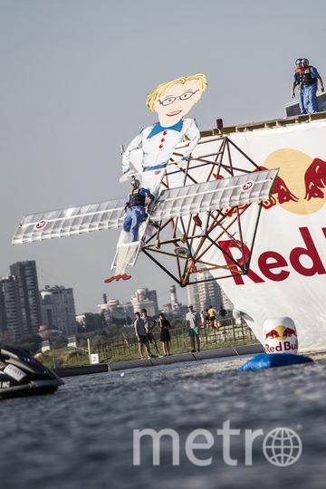Победителем 2015 года в Москве была команда Black Ant Crew, спустившая на воду Елену Малышеву. Фото redbullcontentpool.com