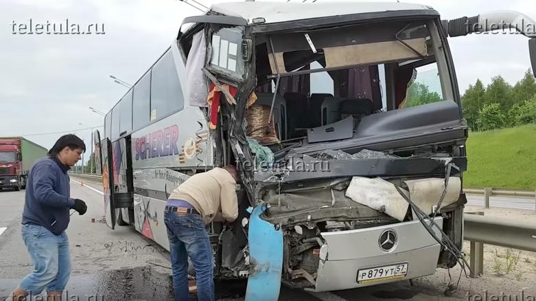 В ДТП с автобусами погибло четыре человека. Фото Скриншот Youtube