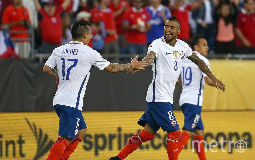 Лидер «Баварии» Артуро Видаль (справа) поведёт Чили к победе на турнире в России. Фото Getty