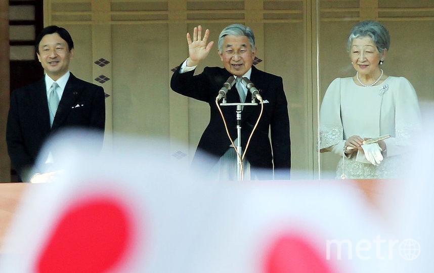 Император Японии Акихито с женой Сёда Митико и сыном Нарухито. Фото Getty