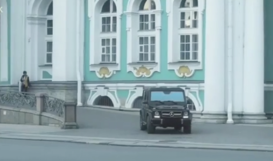 В северной столице  ищут «мажора», устроившего «покатушки» поДворцовой площади