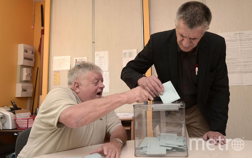 Выборы воФранции: Партия Макрона официально одержала убедительную победу