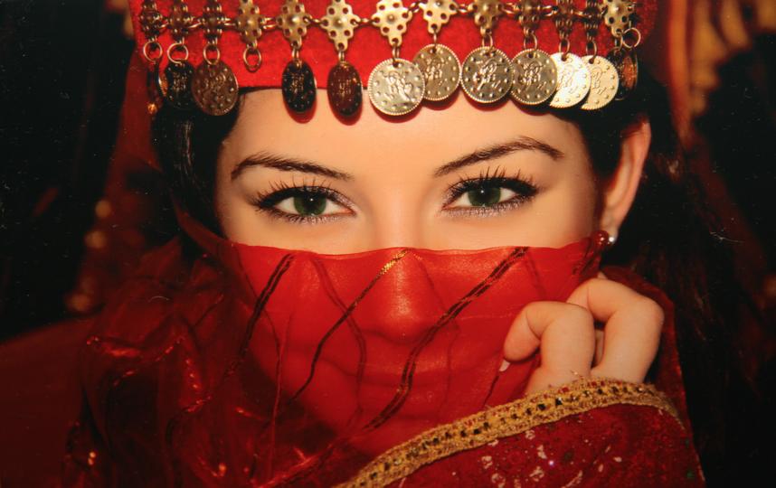 Прекрасная жительница Стамбула. Фото Светлана Маршевская.