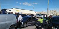 В массовом ДТП на Вербной в Петербурге пострадал водитель