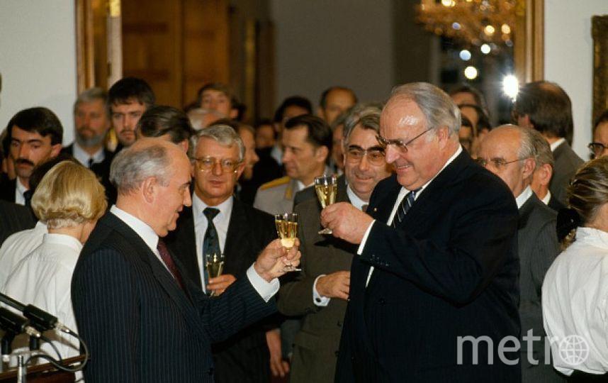 Гельмут Коль и Михаил Горбачев. Фото Getty