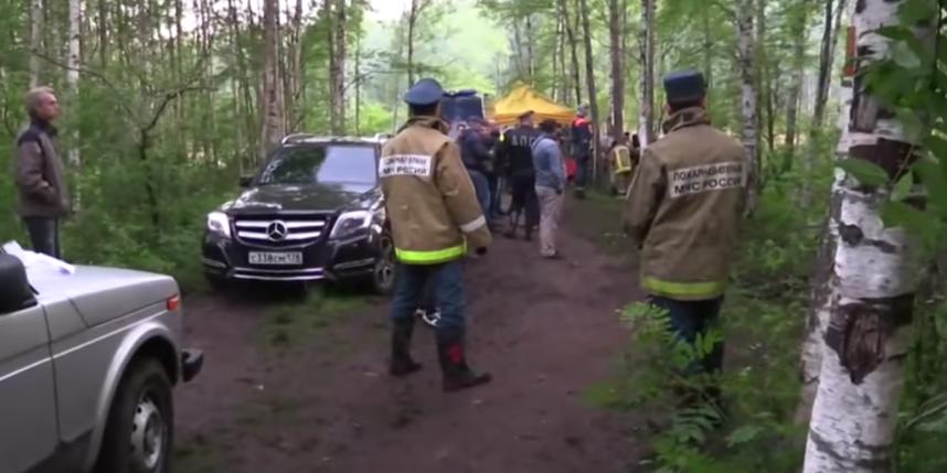 Поиски 54-летней петербурженки и месячной девочки.