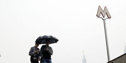 """В Москве из-за грозы объявлен желтый уровень опасности. Фото Василий Кузьмичёнок, """"Metro"""""""