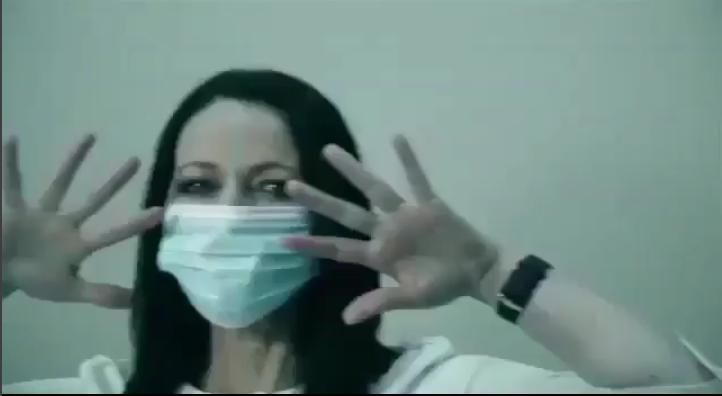Видео врачей из Владивостока с танцем под хит Ольги Бузовой взорвало Сеть. Фото Скриншот/Instagram: buzova86