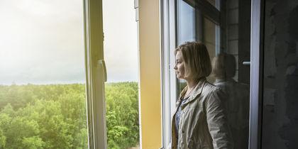 Юлия Липницкая в своей новой квартире. Фото Предоставлено Sezar Group.
