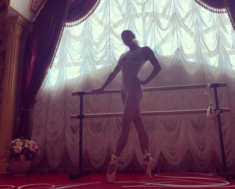 Анастасия Волочкова - фотоархив.
